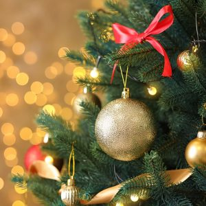Best Artificial Christmas Tree • Reviews & Buying Guide (November 2020)