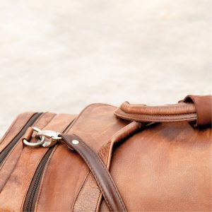 Best Leather Duffle Bag • Reviews & Buying Guide (June 2021)