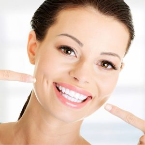 Best Natural Teeth Whitening • Reviews & Buying Guide (April 2021)