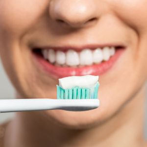 Best Whitening Toothpaste • Reviews & Buying Guide (April 2021)